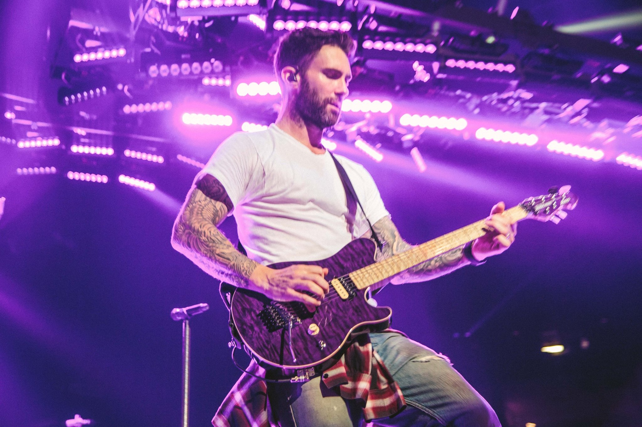 Maroon 5 Perform Dont Wanna Know Live On Ellen Today